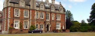 Curso de idiomas en Inglaterra - King Edwards School - Junior - Guildford