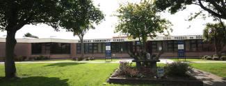 Campamentos y campus universitarios en Irlanda - Douglas Community School - Cork