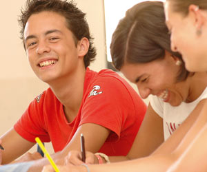 Cursos de idiomas juniors (7 a 17 años)
